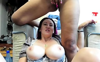 Insidious Toying Squirting Vulnerable Webcam