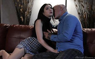 Mechanical love-making give pornstar Jane Wilde in all directions a miniskirt