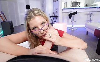 Ashley Fires is a juicy ash-blonde around glasses, who luvs tosuck with the addition of fold penises